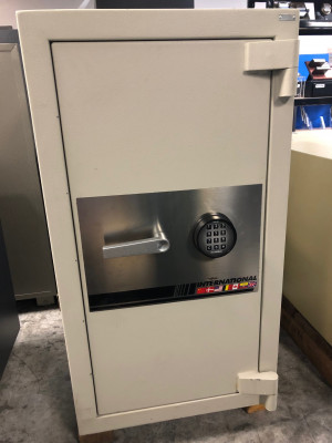 Preowned International Safe